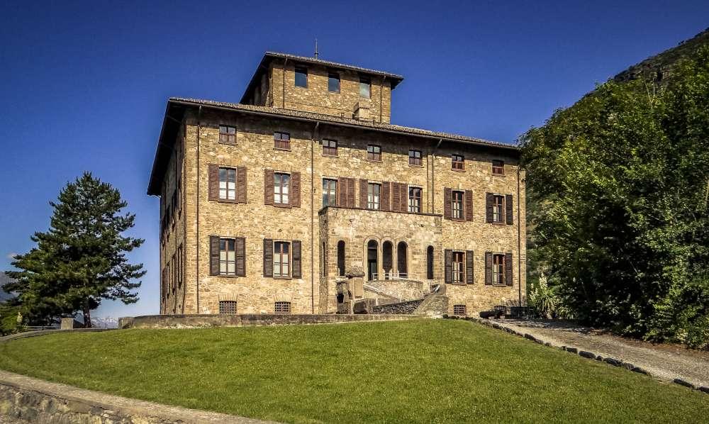 Castello Baron Gamba Chatillon Pinacoteca visita guidata
