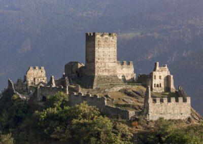 Visita guidata castello Cly