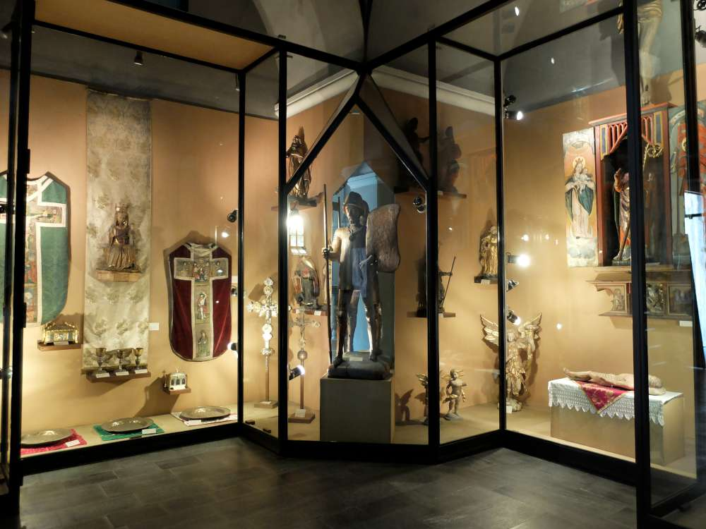 Museo del tesoro chiesa Saint Vincent-