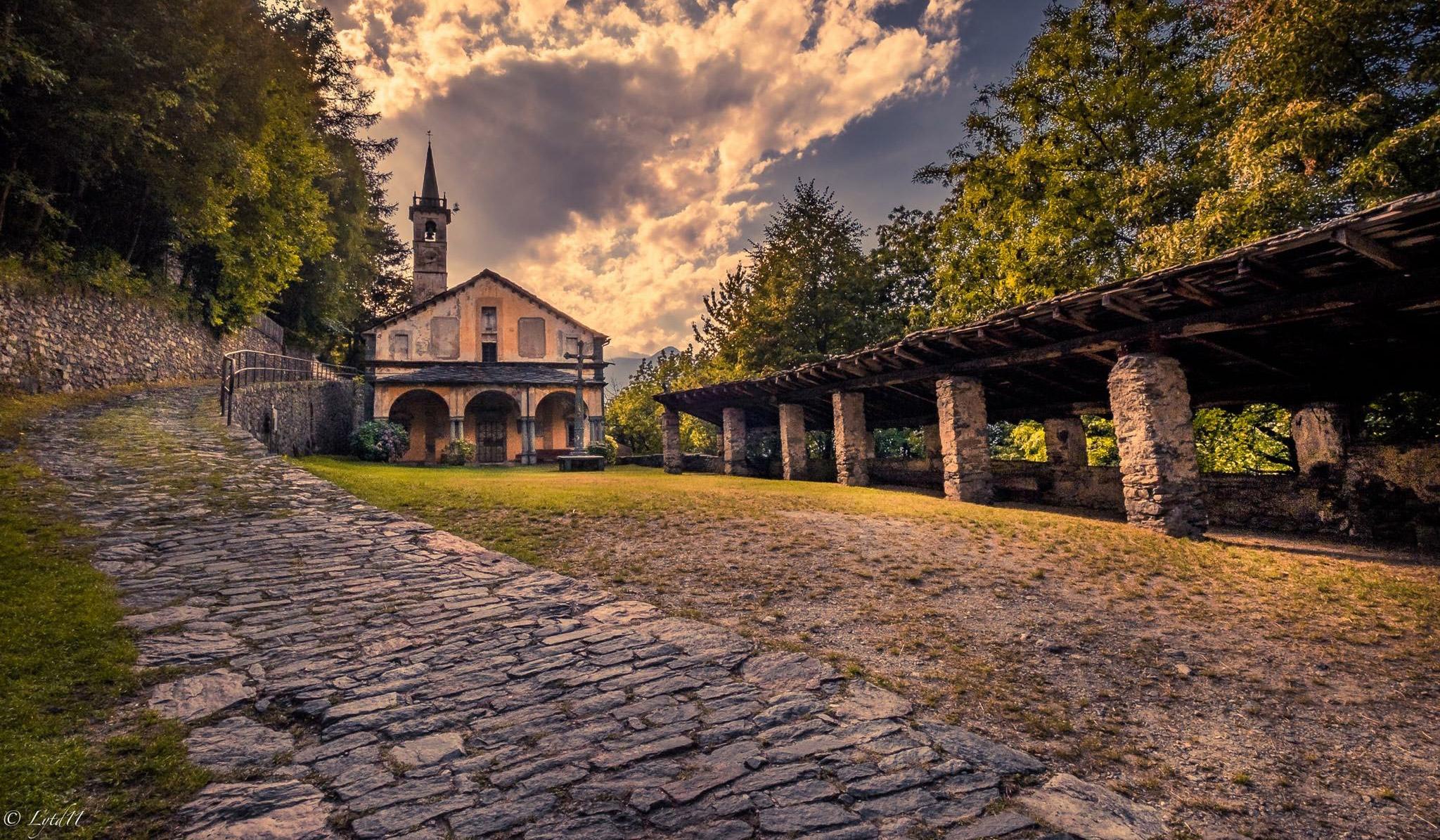 visite chiese e santuari in Valle d'Aosta